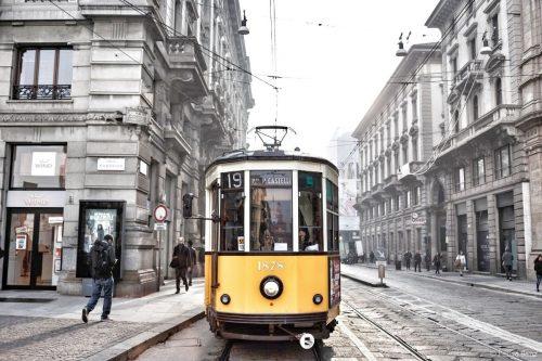 Cómo moverse en transporte público por Milán
