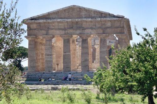 Recorriendo los imponentes templos de la Magna Grecia en Paestum