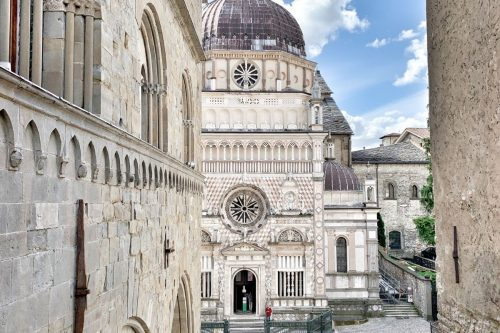 Lee más sobre el artículo ¿Qué ver en una de las ciudades más lindas de Lombardía?