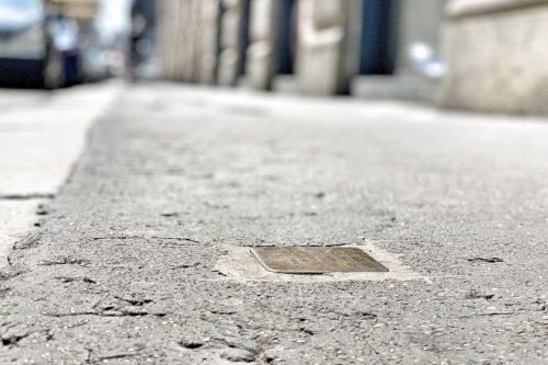 Stolpersteine, las piedras de la memoria en Milán